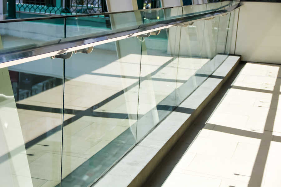 Solid Glass Partitioning